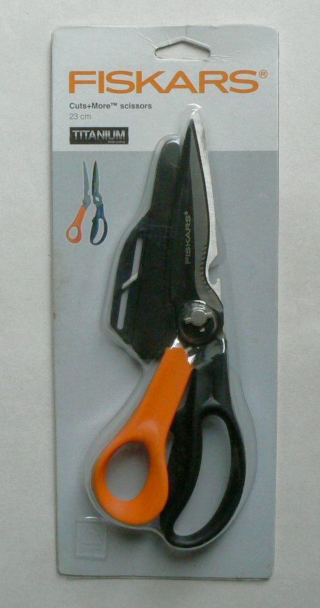 Mnohoúčelové nůžky Fiskars 715692 Cuts+More - NOVINKA