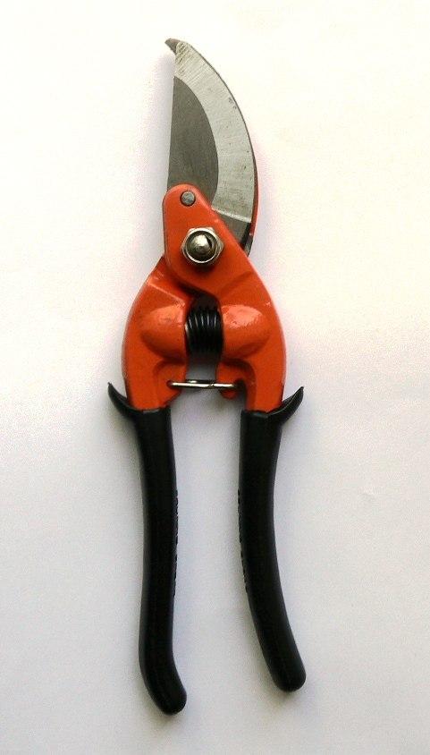 Nůžky zahradnické č. 45019  23cm
